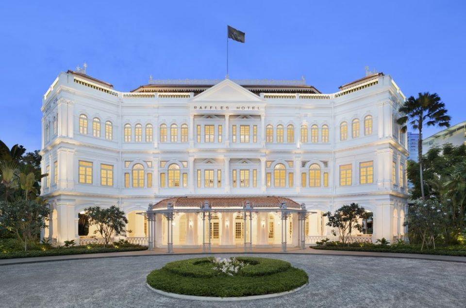 THE RETURN OF A LEGEND. RAFFLES HOTEL SINGAPORE OFFICIALLY REOPENS